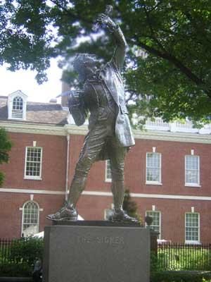 statue of signer